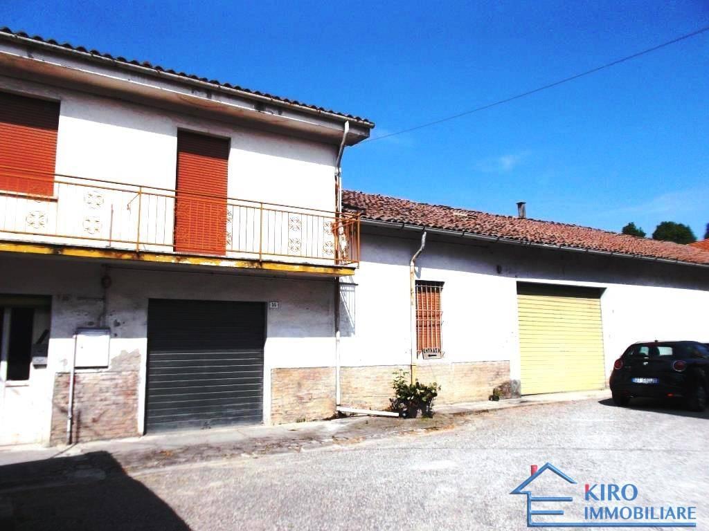 Foto 1 di Palazzo / Stabile via Vinicio Pescerelli 35, San Pietro In Casale