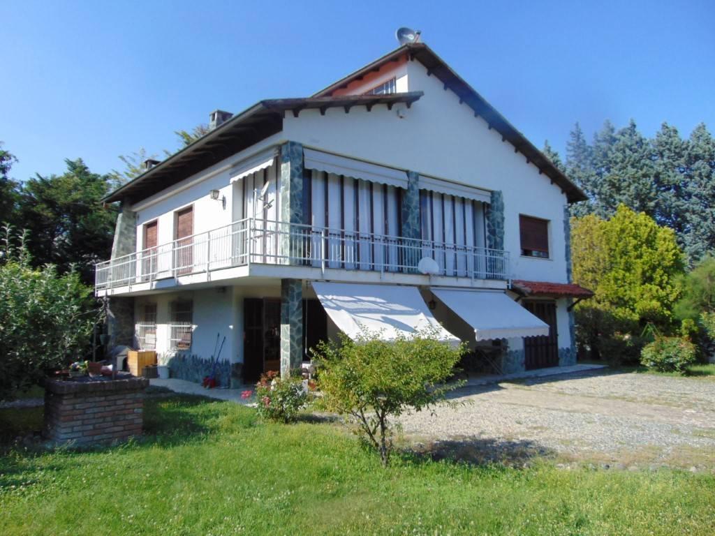 Villa in vendita a Fontanile, 5 locali, prezzo € 140.000   CambioCasa.it
