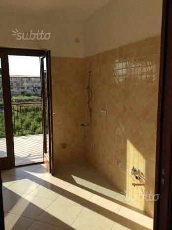 Appartamento in ottime condizioni in affitto Rif. 7530149
