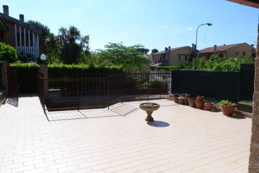 Villetta a schiera in ottime condizioni in vendita Rif. 7539665