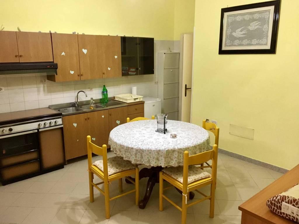 Appartamento in buone condizioni in vendita Rif. 7541176