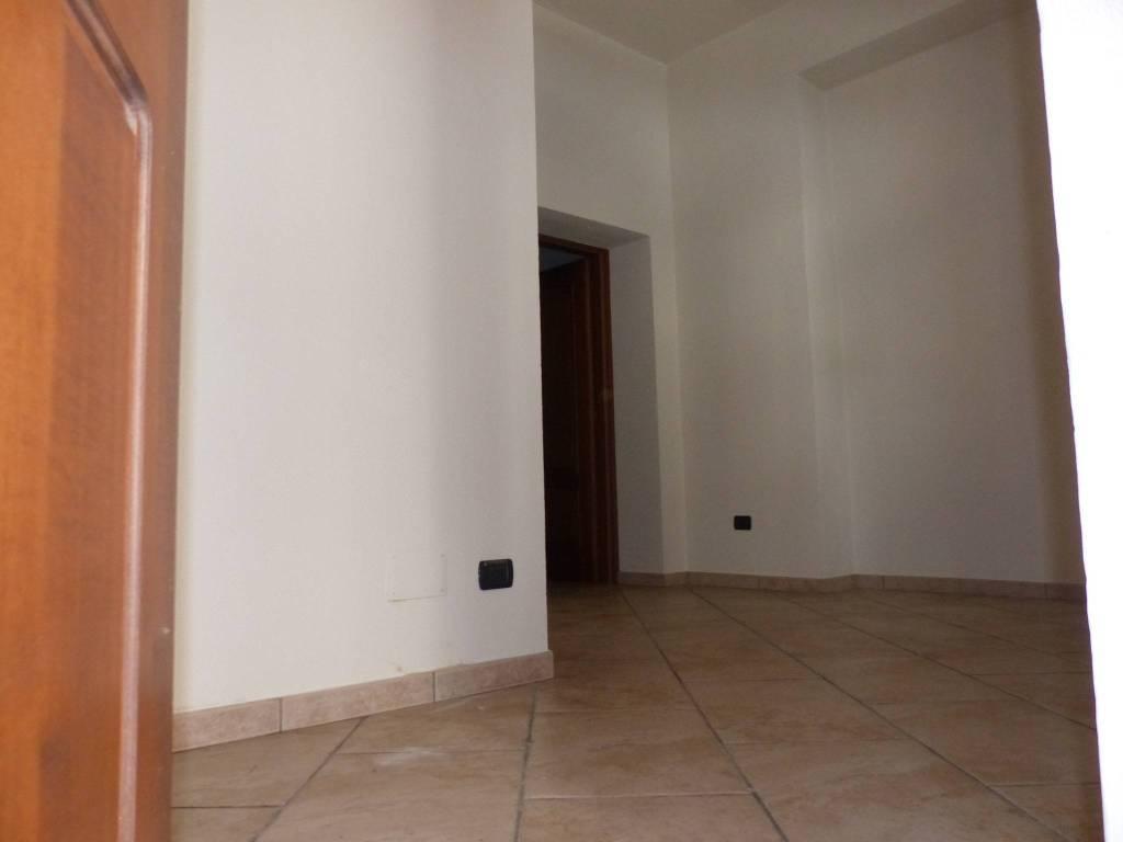 Appartamento in ottime condizioni in affitto Rif. 7541226