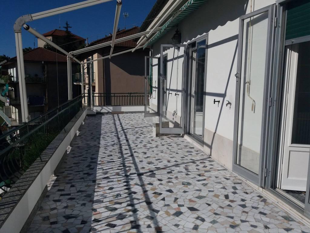 Attico / Mansarda in buone condizioni in affitto Rif. 7540701