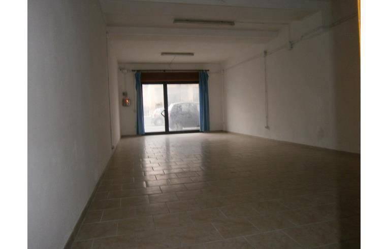 Fondo Commerciale in Cecina (LI) - Ag. Imm. Valdicecina