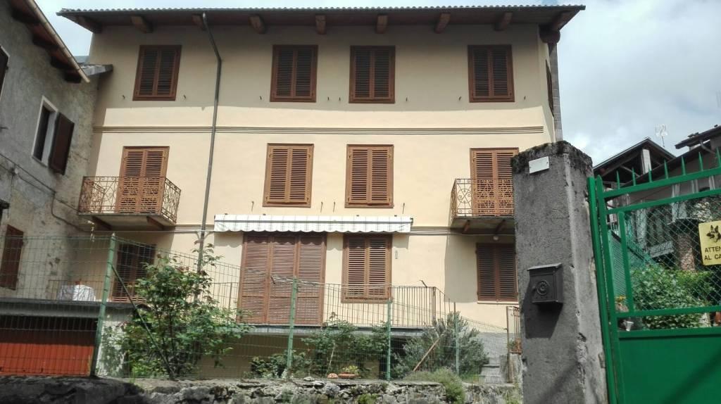 Foto 1 di Casa indipendente via Egidio, Brosso