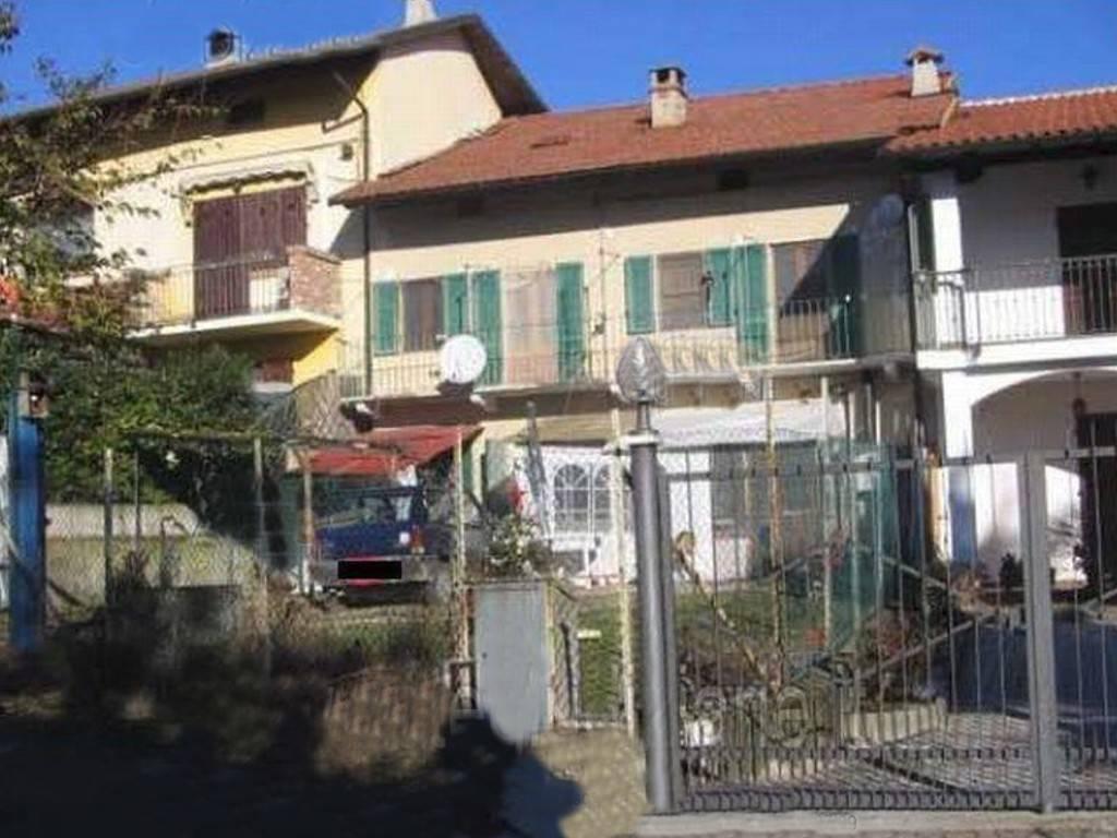 Appartamento in vendita a Verrua Savoia, 6 locali, prezzo € 38.000 | CambioCasa.it