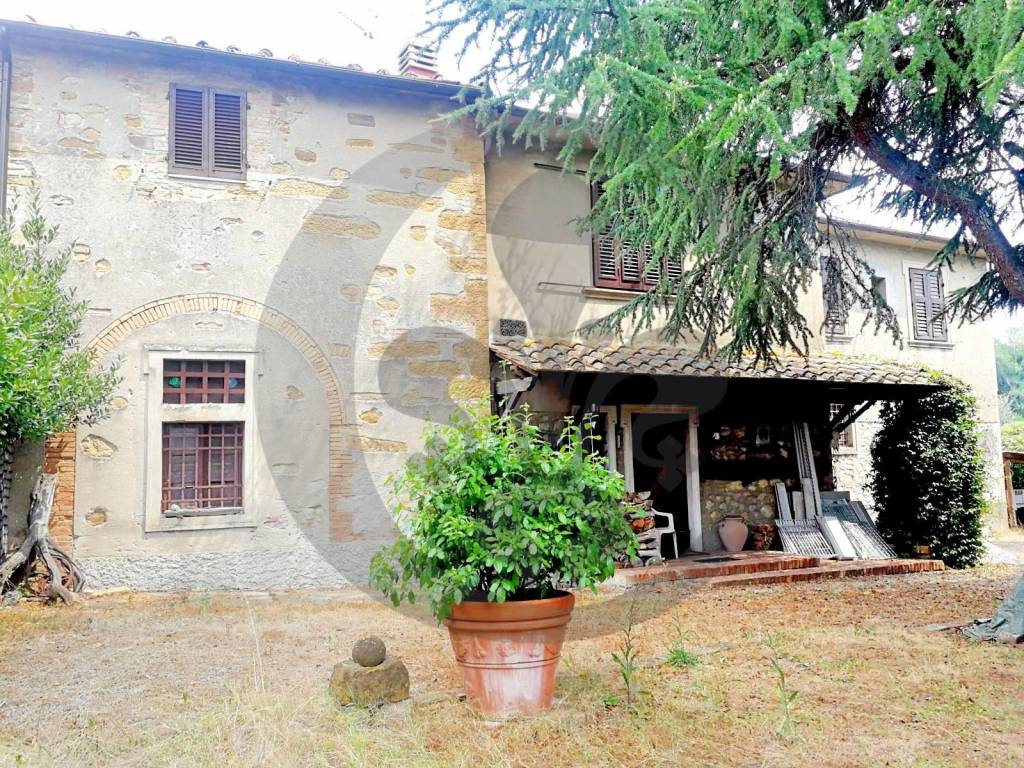 Rustico in Vendita a Montaione: 5 locali, 450 mq - Foto 2