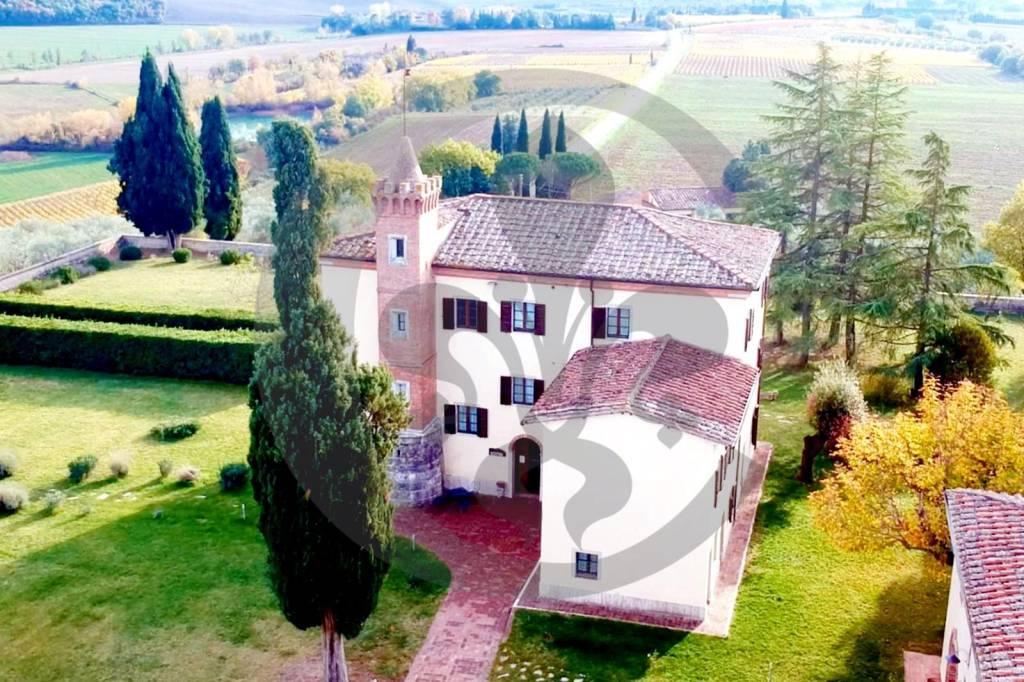 Villa in Vendita a Castelnuovo Berardenga: 5 locali, 1000 mq - Foto 2