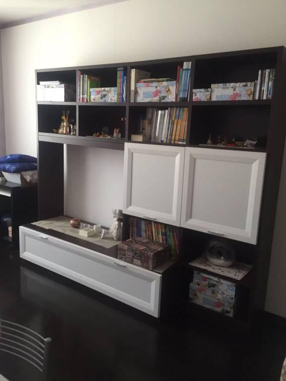Appartamento in ottime condizioni arredato in affitto Rif. 7557915