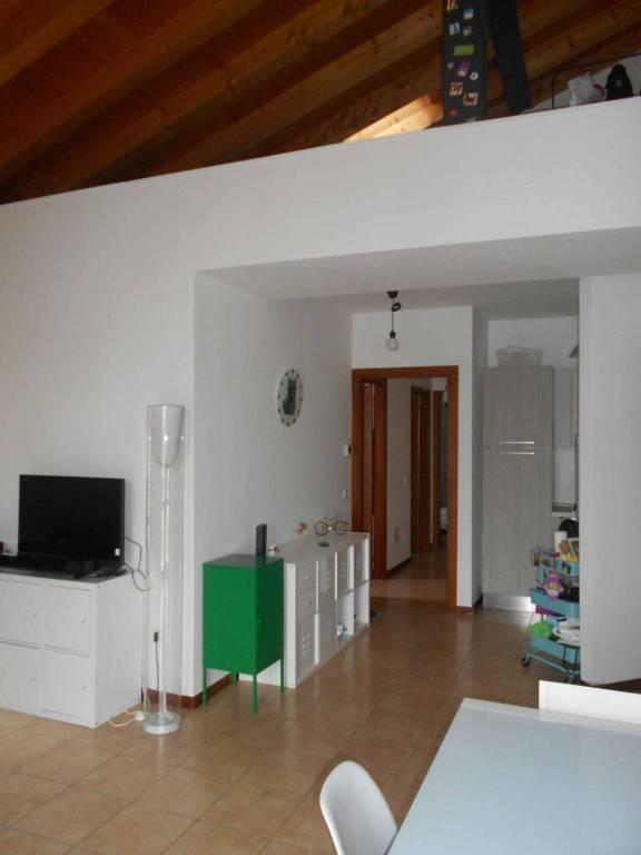 Appartamento in vendita a Vedelago, 3 locali, prezzo € 115.000 | CambioCasa.it