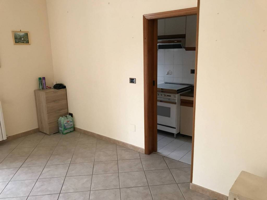 Appartamento in buone condizioni parzialmente arredato in vendita Rif. 7559076