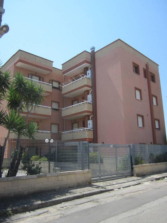 Appartamento in ottime condizioni in vendita Rif. 7557581