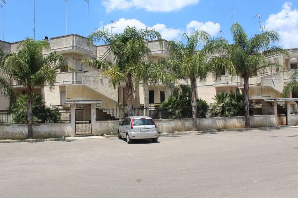 Appartamento in buone condizioni in vendita Rif. 7558502