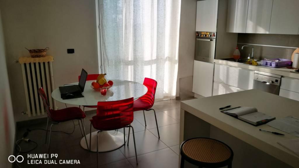 Appartamento in ottime condizioni arredato in affitto Rif. 7567727