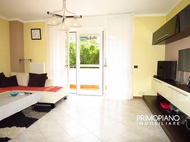 Appartamento in buone condizioni arredato in vendita Rif. 7567594
