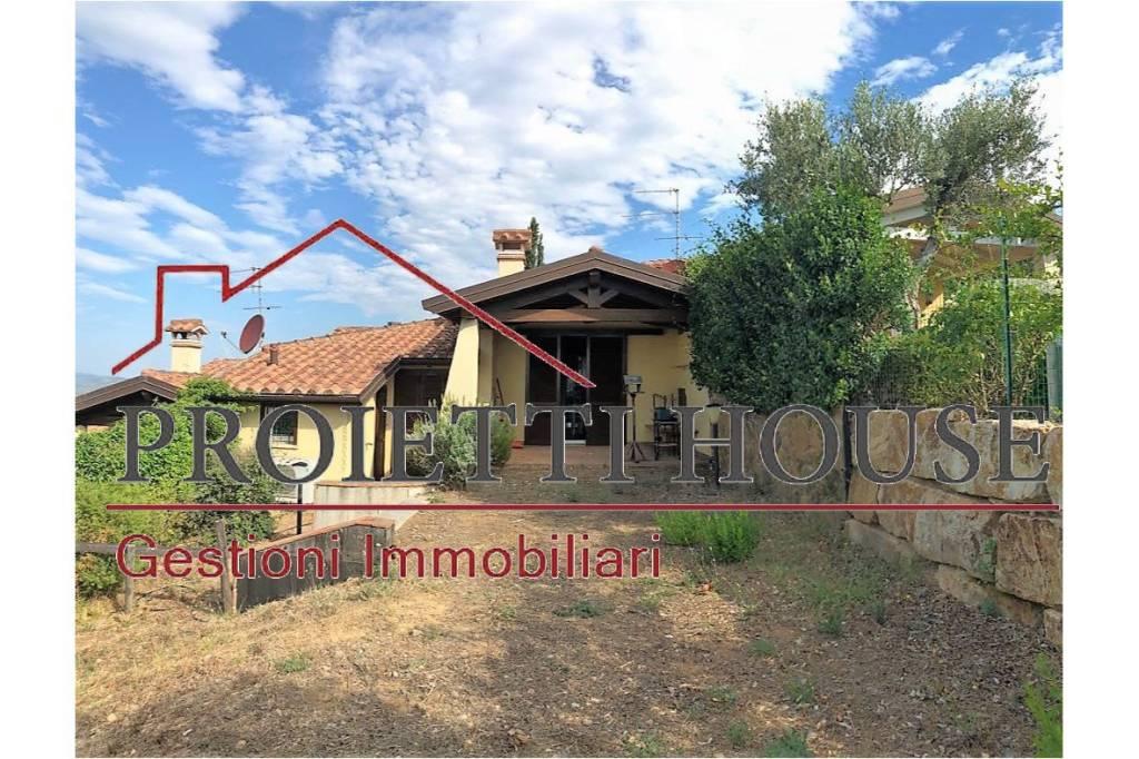 Villetta a schiera in ottime condizioni arredato in affitto Rif. 7608548