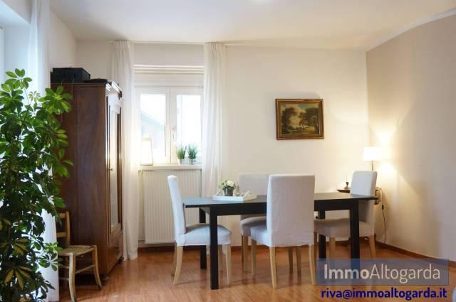 Appartamento in buone condizioni parzialmente arredato in vendita Rif. 5557801