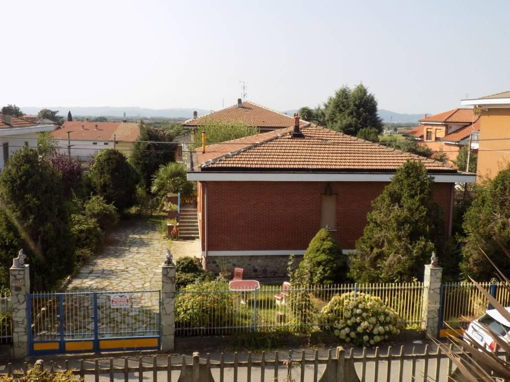 Foto 1 di Villa via Cairelli, Mazzè