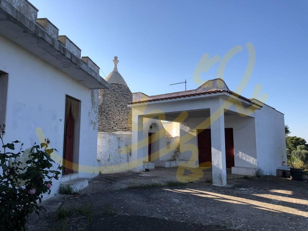 Rustico / Casale in buone condizioni in vendita Rif. 7610870