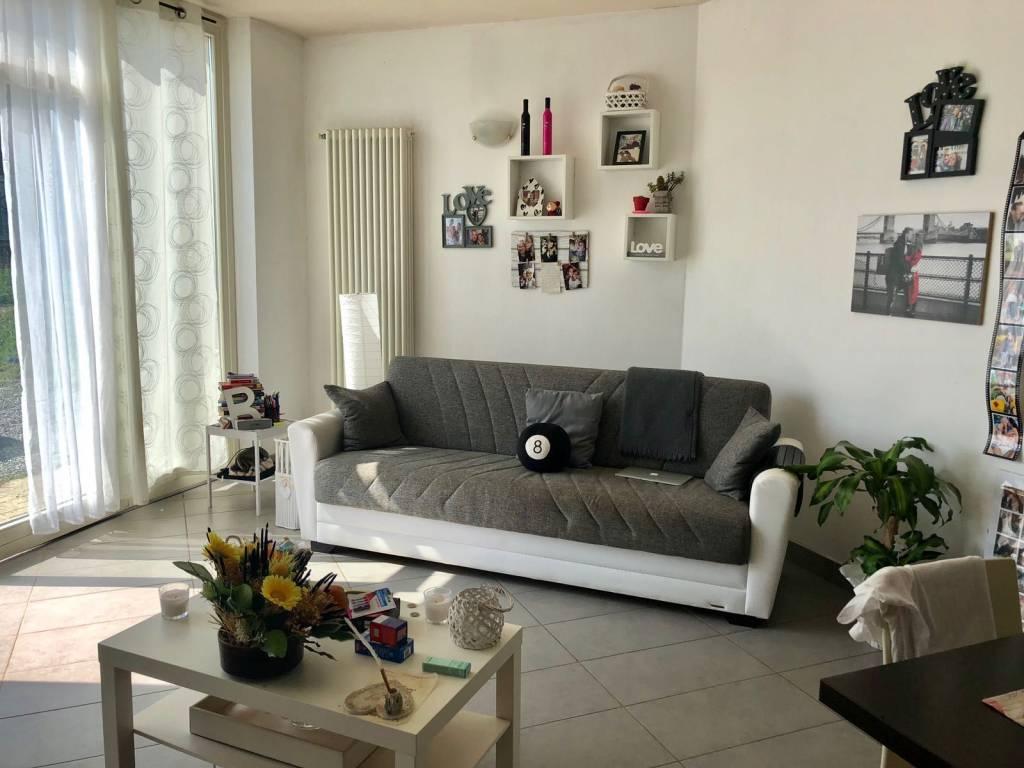 Appartamento in ottime condizioni arredato in affitto Rif. 7567313