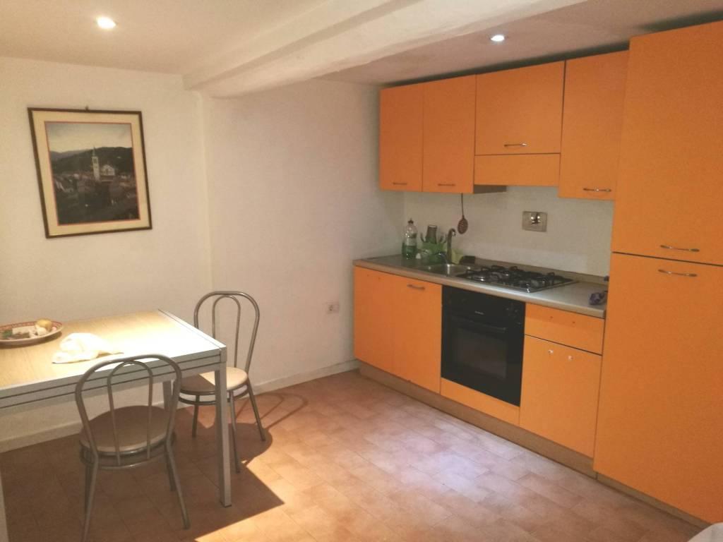 Appartamento in affitto in piazza di centro storico a Spolet