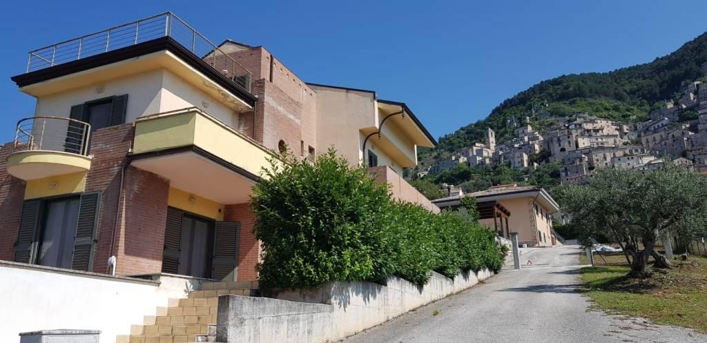 Villa in ottime condizioni in vendita Rif. 7567853