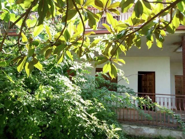 Villa con terreno in Pettoranello del Molise