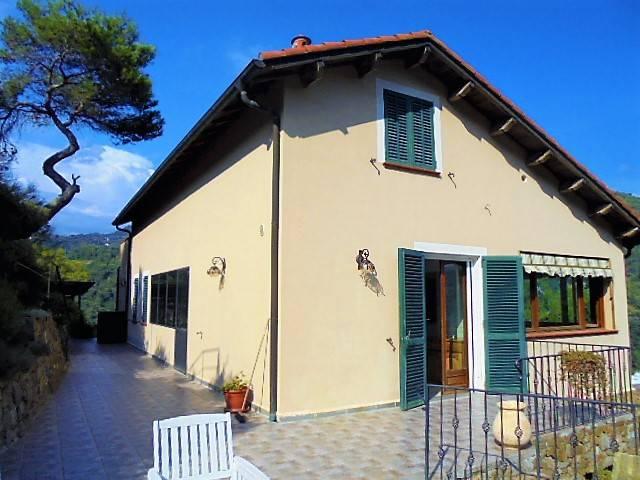 Villa in vendita a Camporosso, 6 locali, prezzo € 449.000 | CambioCasa.it