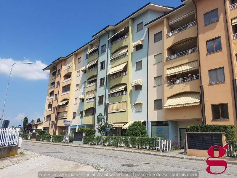 Appartamento in buone condizioni in vendita Rif. 7577881
