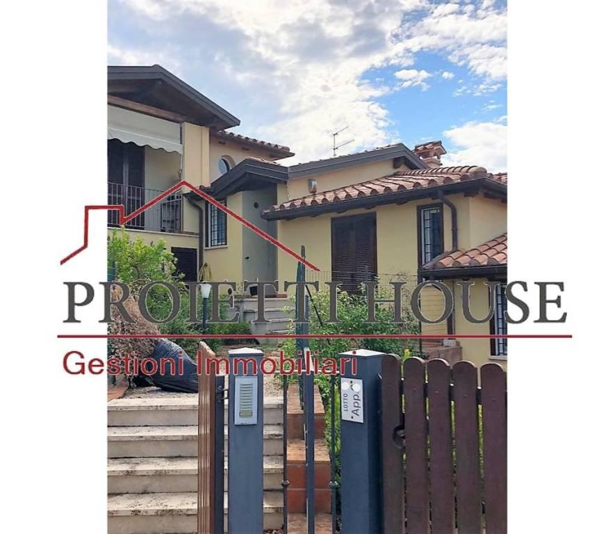 Appartamento in ottime condizioni arredato in affitto Rif. 7608551