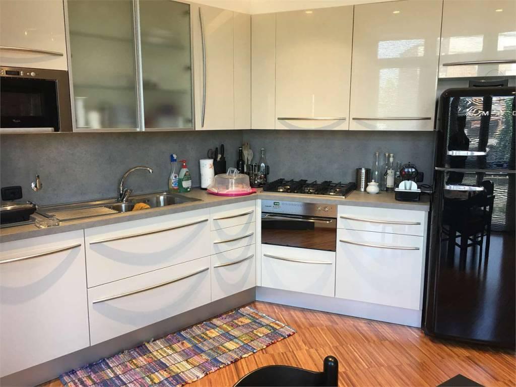 Appartamento in vendita Rif. 7577725