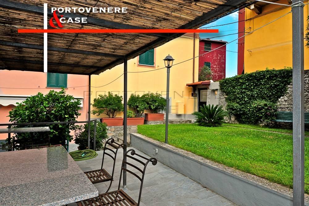 Appartamento in ottime condizioni arredato in vendita Rif. 7576142