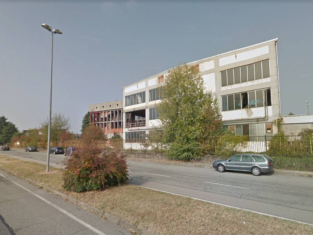 Immobile Commerciale in vendita a San Mauro Torinese, 6 locali, prezzo € 319.000 | PortaleAgenzieImmobiliari.it