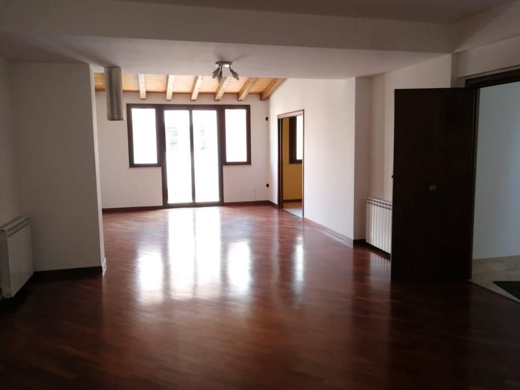 Appartamento 2° piano