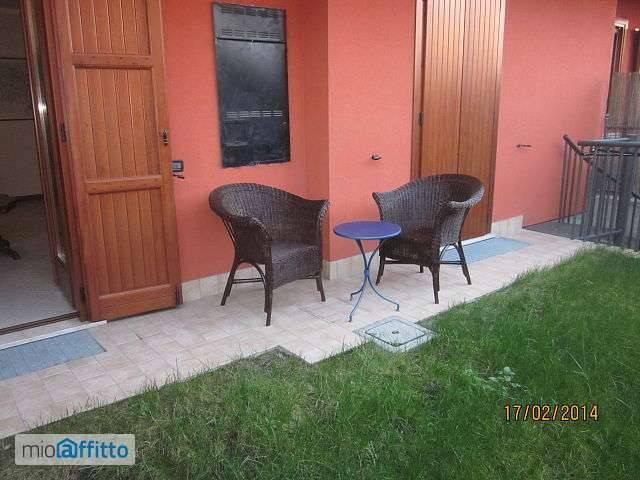Appartamento in ottime condizioni arredato in affitto Rif. 7577972