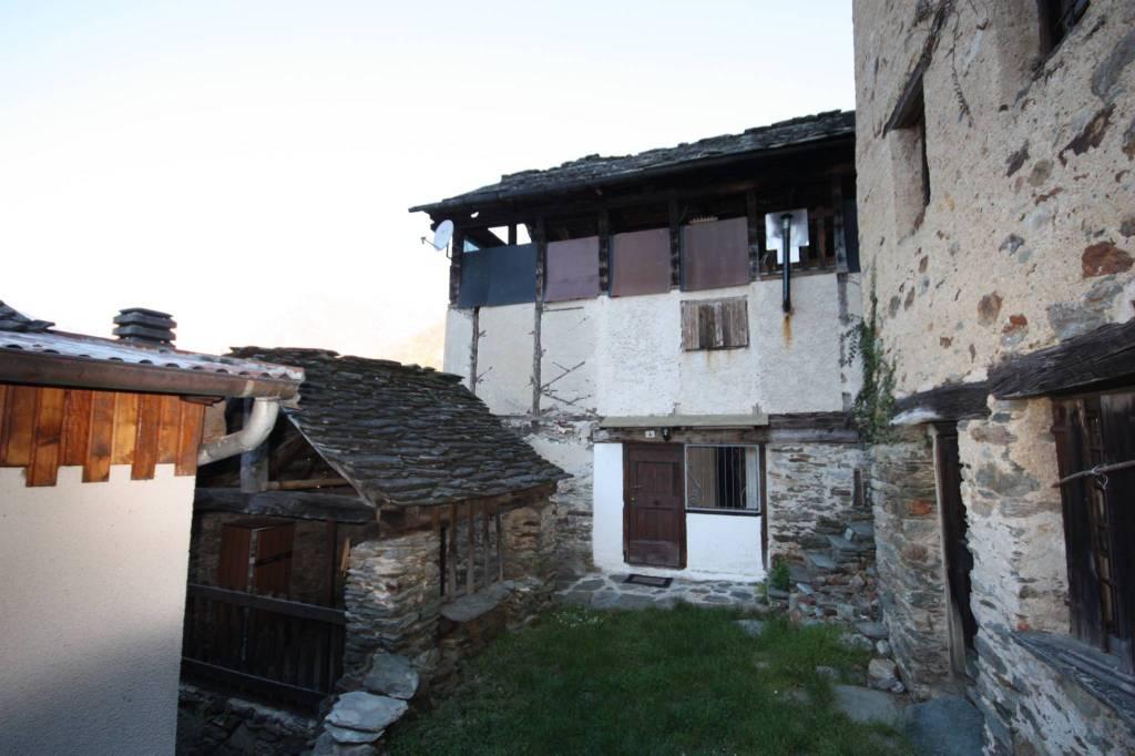 Casa Indipendente in buone condizioni in vendita Rif. 7577868