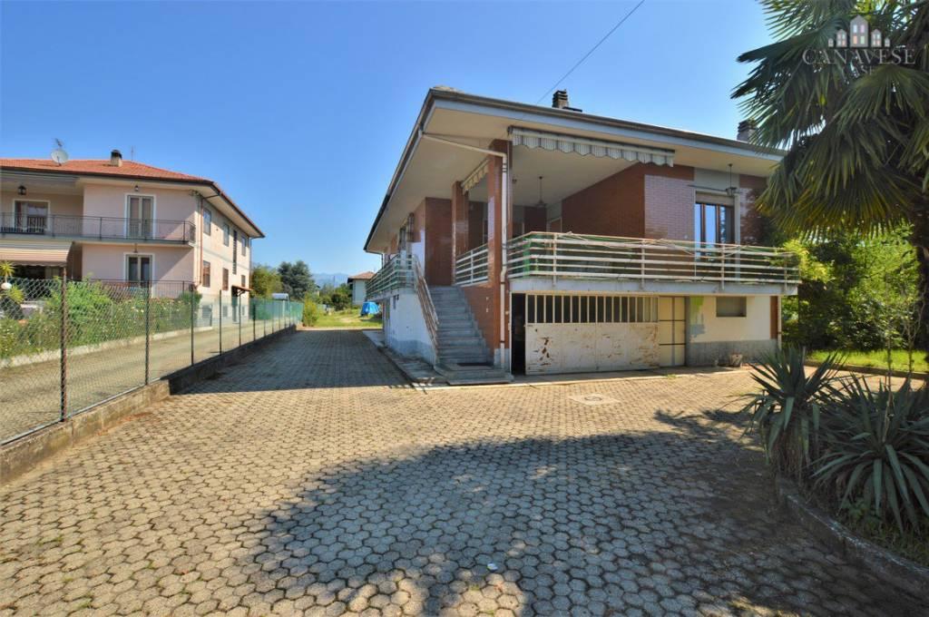 Casa Indipendente in buone condizioni in vendita Rif. 7890899