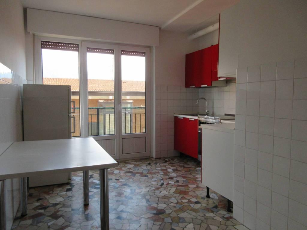 Appartamento in ottime condizioni parzialmente arredato in vendita Rif. 7576947