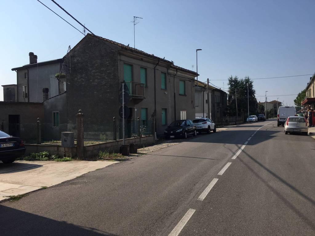 Porzione di fabbricato Mezzogoro Ferrara
