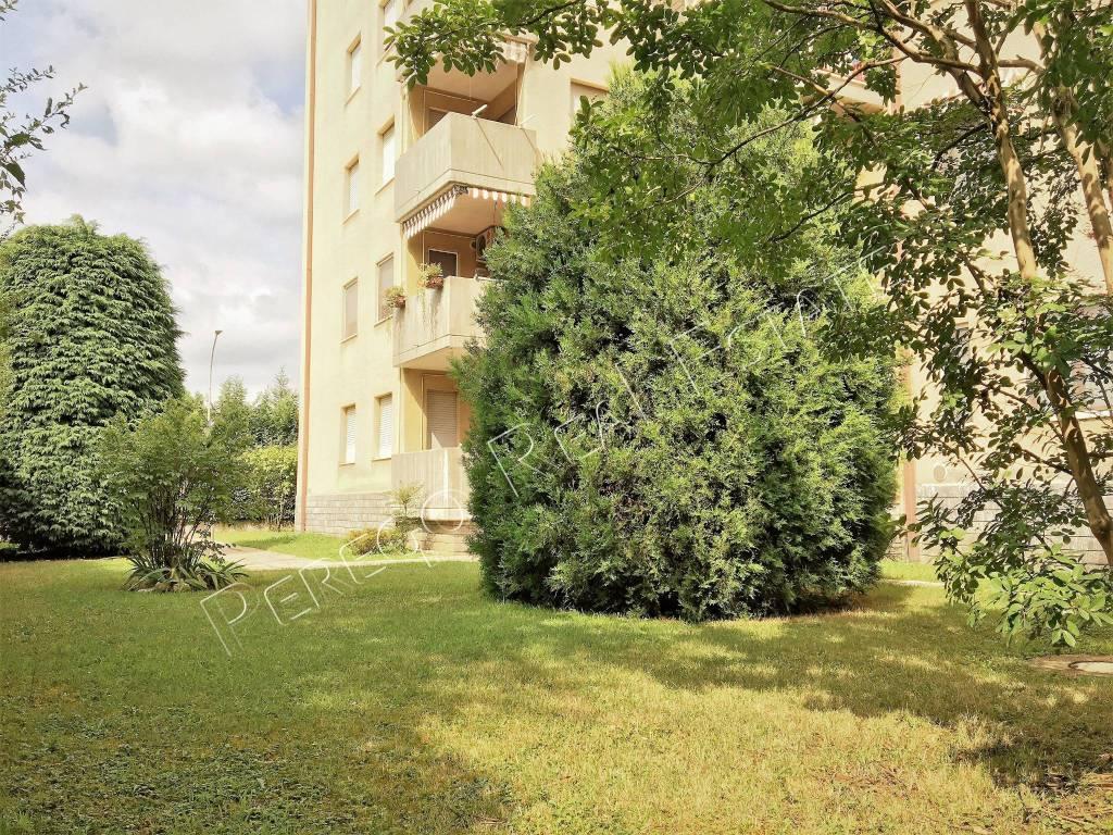 Appartamento in buone condizioni in vendita Rif. 7591768