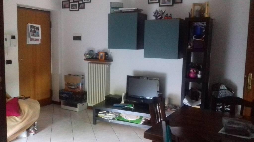Appartamento parzialmente arredato in vendita Rif. 7200898