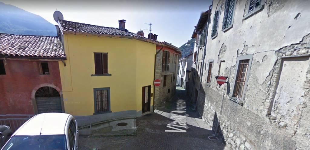 Appartamento in buone condizioni in vendita Rif. 9487590