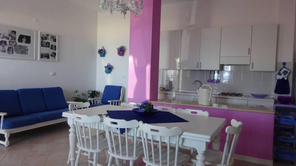 Villetta a schiera in ottime condizioni in vendita Rif. 8259923