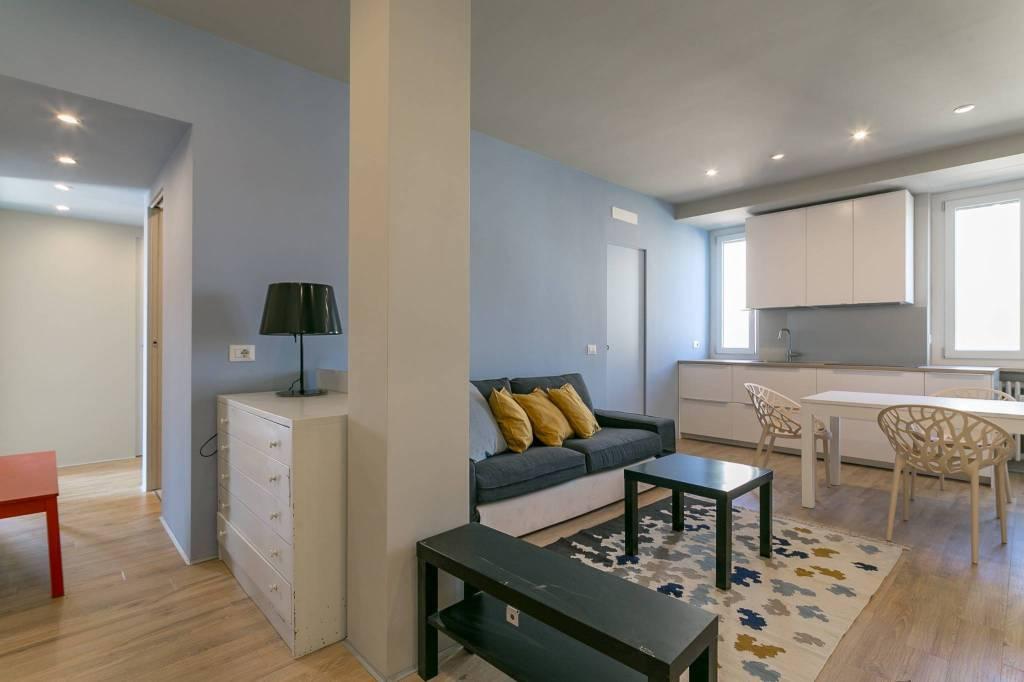 Appartamento in ottime condizioni arredato in affitto Rif. 7597116