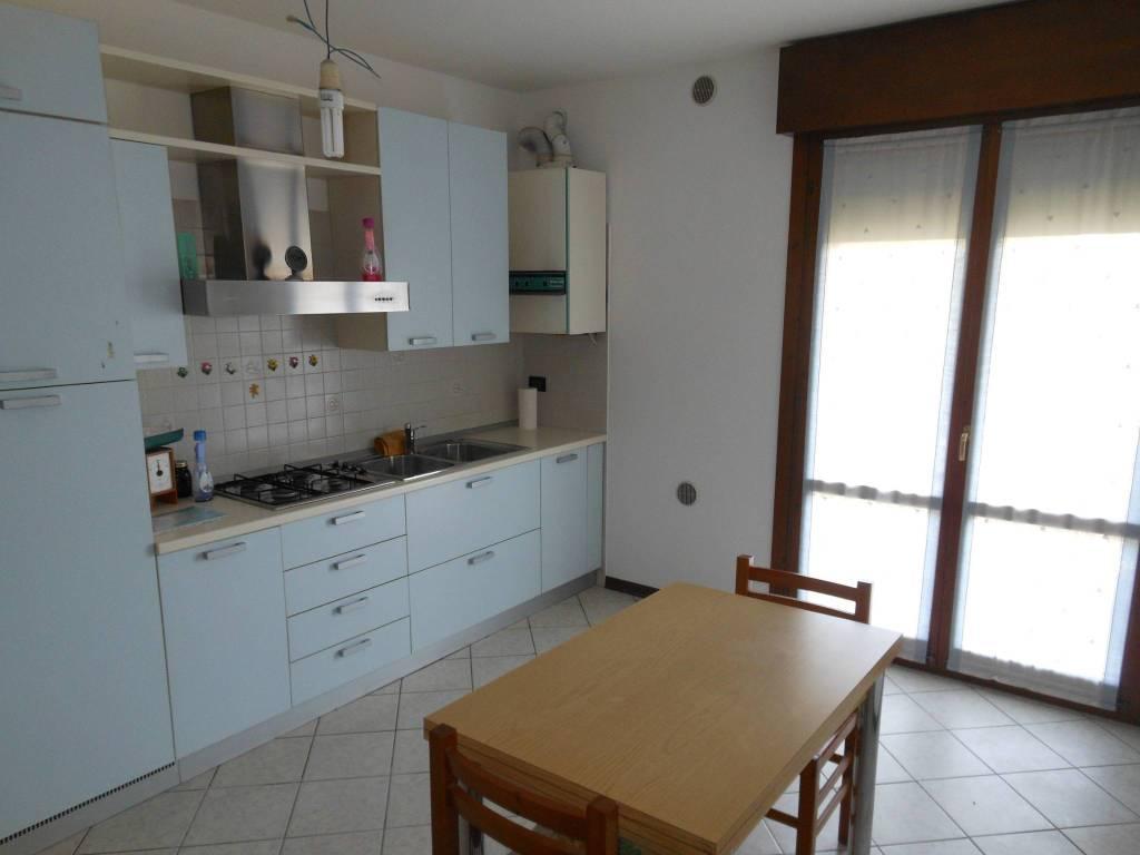 Appartamento in vendita a Ponzano Veneto, 2 locali, prezzo € 80.000 | CambioCasa.it