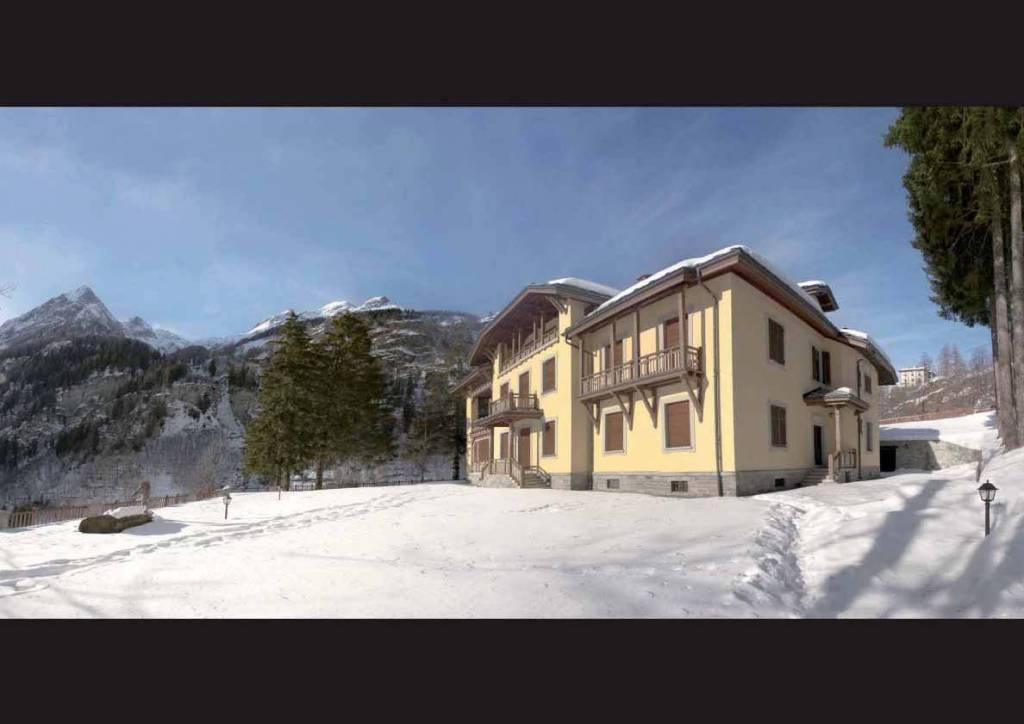 Stabile / Palazzo in ottime condizioni arredato in vendita Rif. 7600555