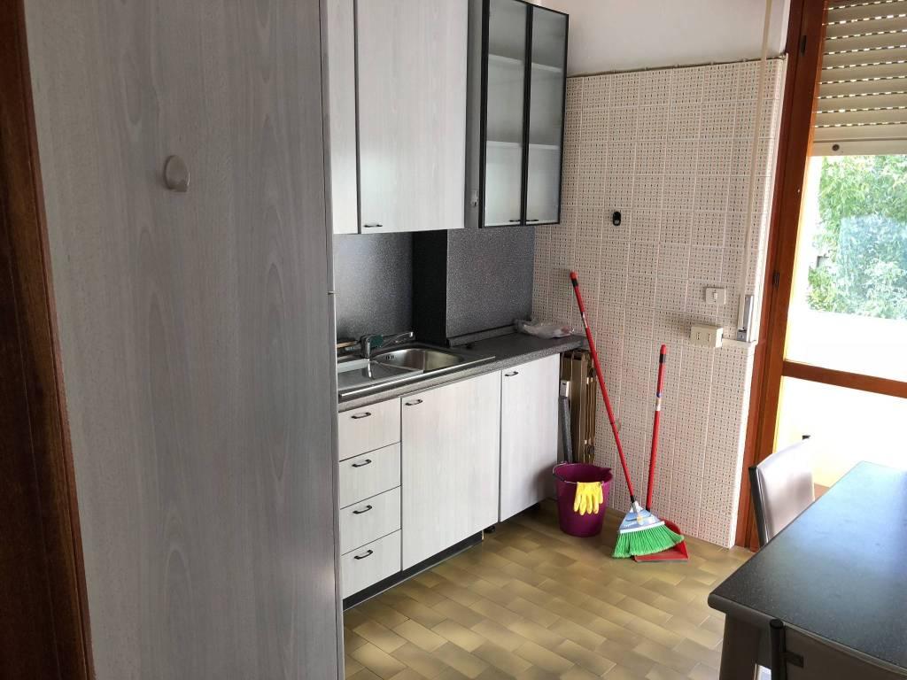 Appartamento in ottime condizioni arredato in affitto Rif. 7600524