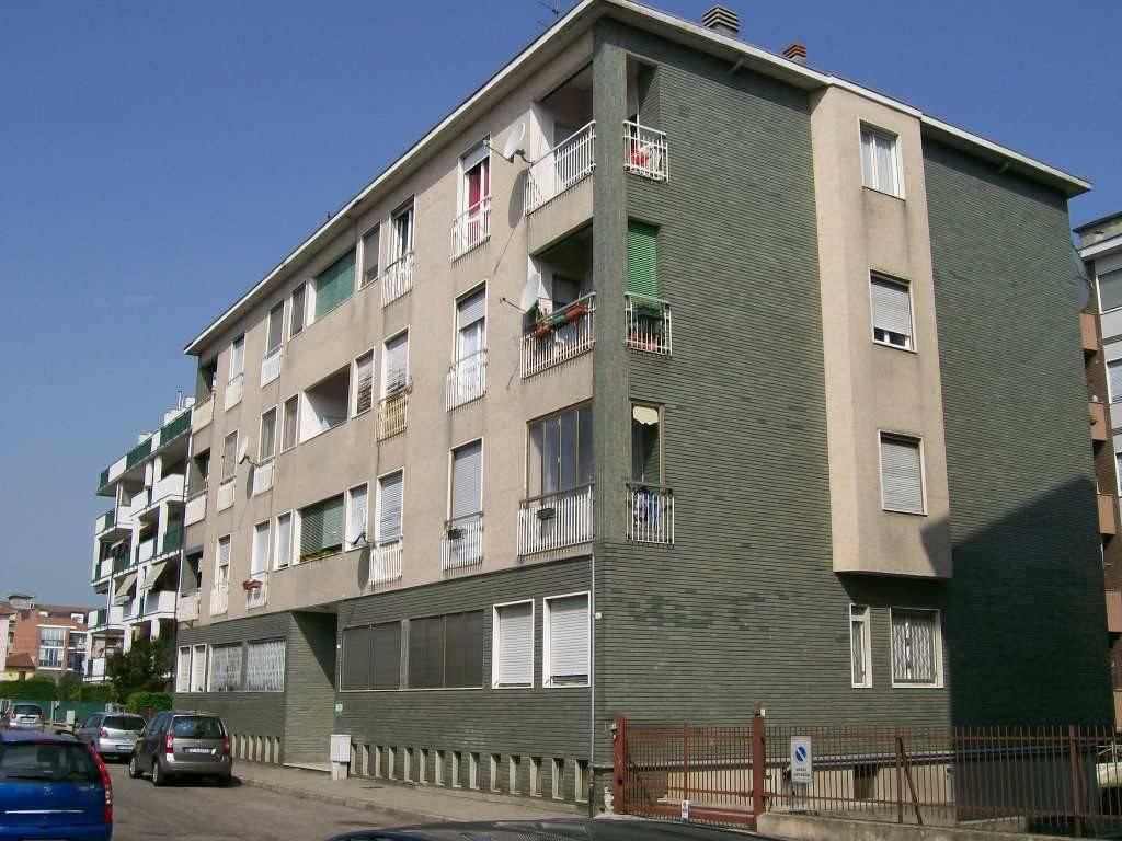 Appartamento in ottime condizioni arredato in affitto Rif. 7602854