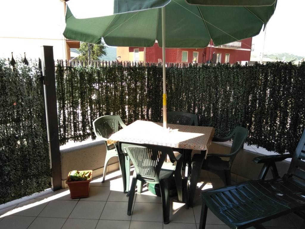 Appartamento in buone condizioni parzialmente arredato in vendita Rif. 8204402
