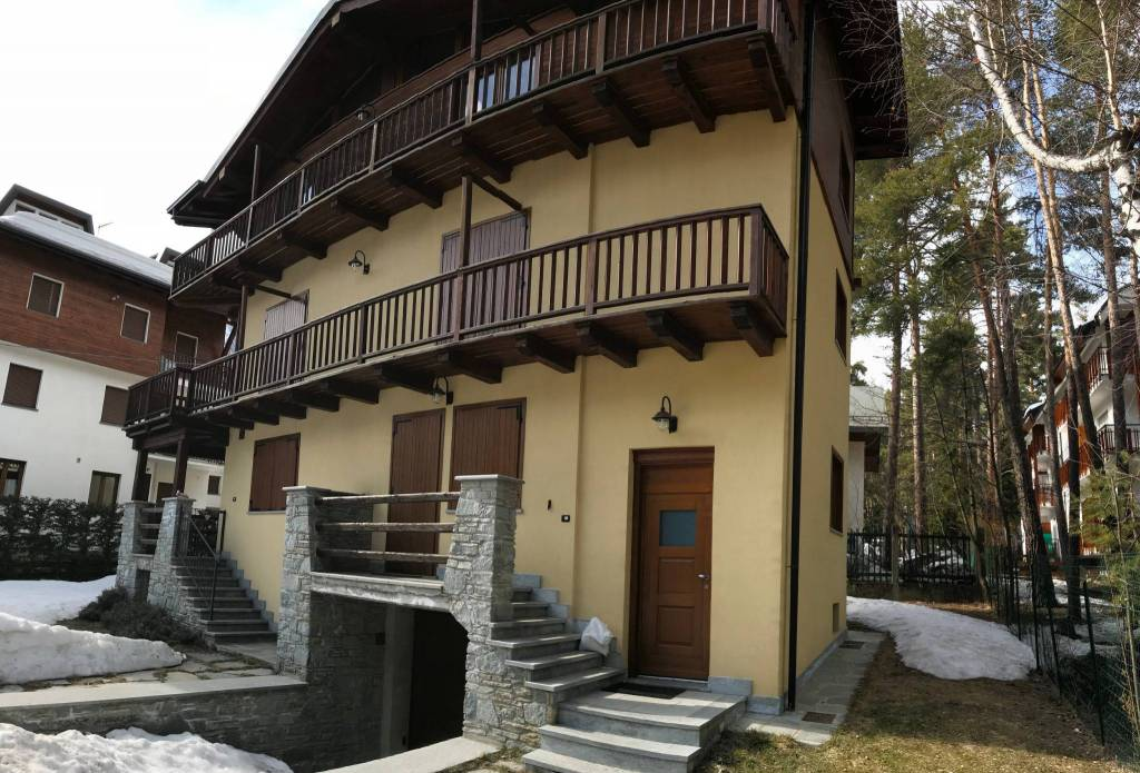 Appartamento in ottime condizioni arredato in affitto Rif. 7610697